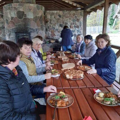 autentiškas Mindūnų krašto patiekalas, gaminamas lauko krosnyje